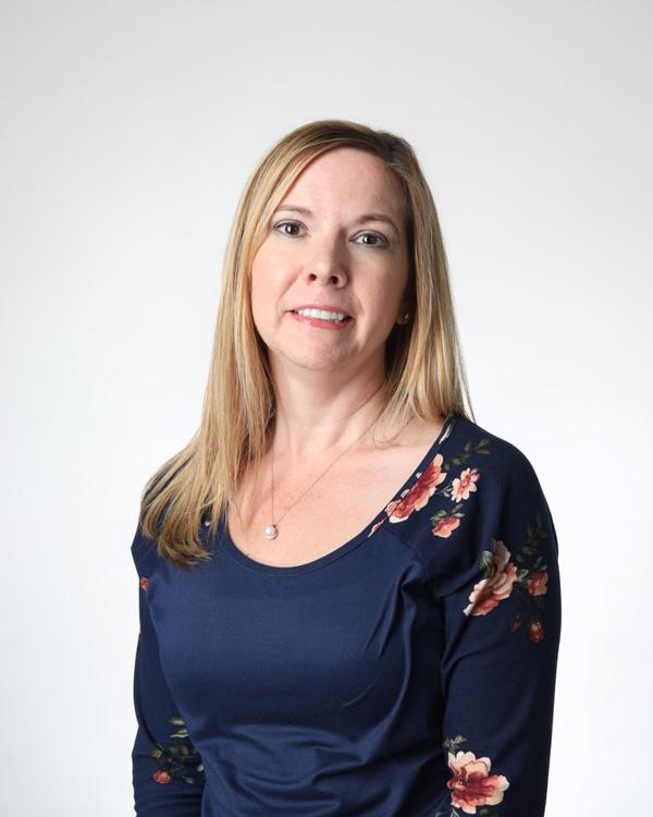Roxanne Nuttall headshot