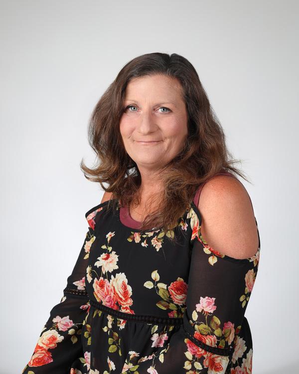 Tammy Rothecker headshot